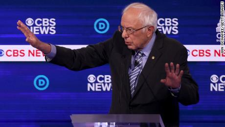 Bernie Sanders booed after praising Castro regime