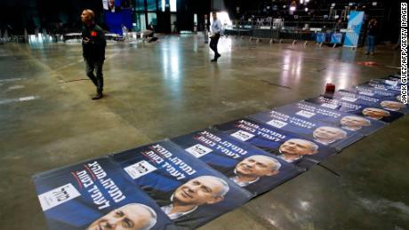 Benjamin Netanyahu short of majority after Israel's election
