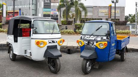 There's a new entry in India's electric rickshaw race