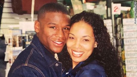 Floyd Mayweather Posts Heartbreaking Message About The Loss Of His Ex