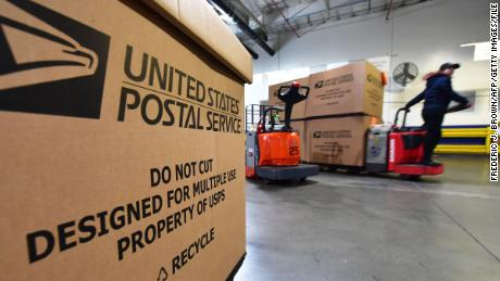 Federal judge gives Trump administration 10 days to answer questions about USPS slowdowns