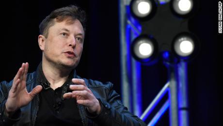 Twitter's coronavirus rules face new test: Elon Musk