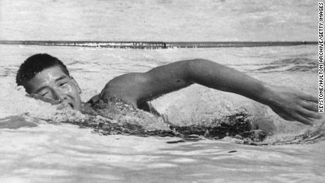 Yasuji Myiazaki of Japan on his way to a gold medal in the 100m freestyle swimming event at the 1932 Los Angeles Olympics. The 15-year-old set a new Olympic record of 58.0 seconds in the semi-final.  (Photo by Keystone/Getty Images)