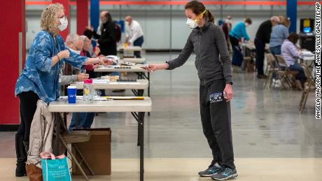 Wisconsin holds its primary election in the middle of a pandemic