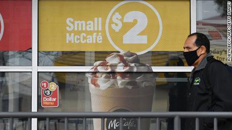 Vânzările McDonald's au scăzut din cauza coronavirusului