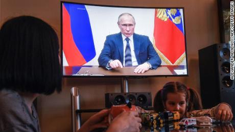 Coronavirus takes a serious turn in Russia, and Putin no longer radiates confidence