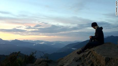Alone in her mountain home for 38 days, she didn't want to ask for help