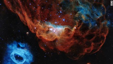 200424080700 hubble 30th anniversary image large 169