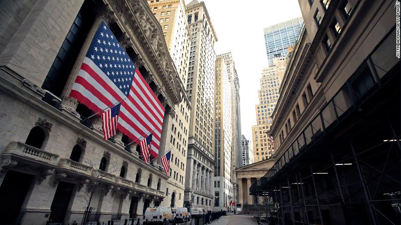 US Stock Futures Drop Following Stocks' Best Month in Thirty Years