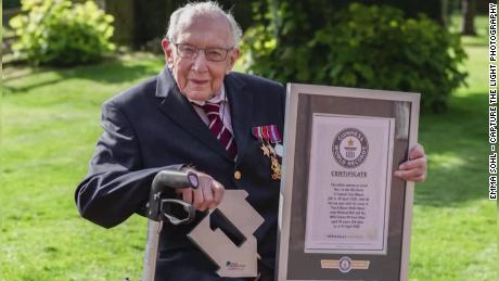 Tom Moore, 100, is to be knighted after raising $40 million for the UK's National Health Service.
