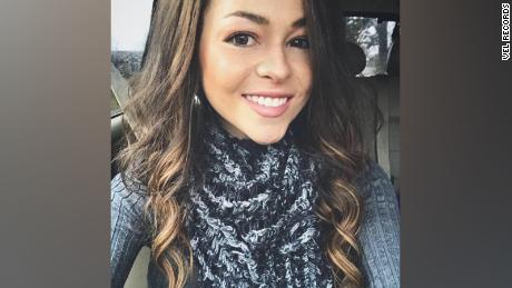 Cady Groves, country singer, dead at 30