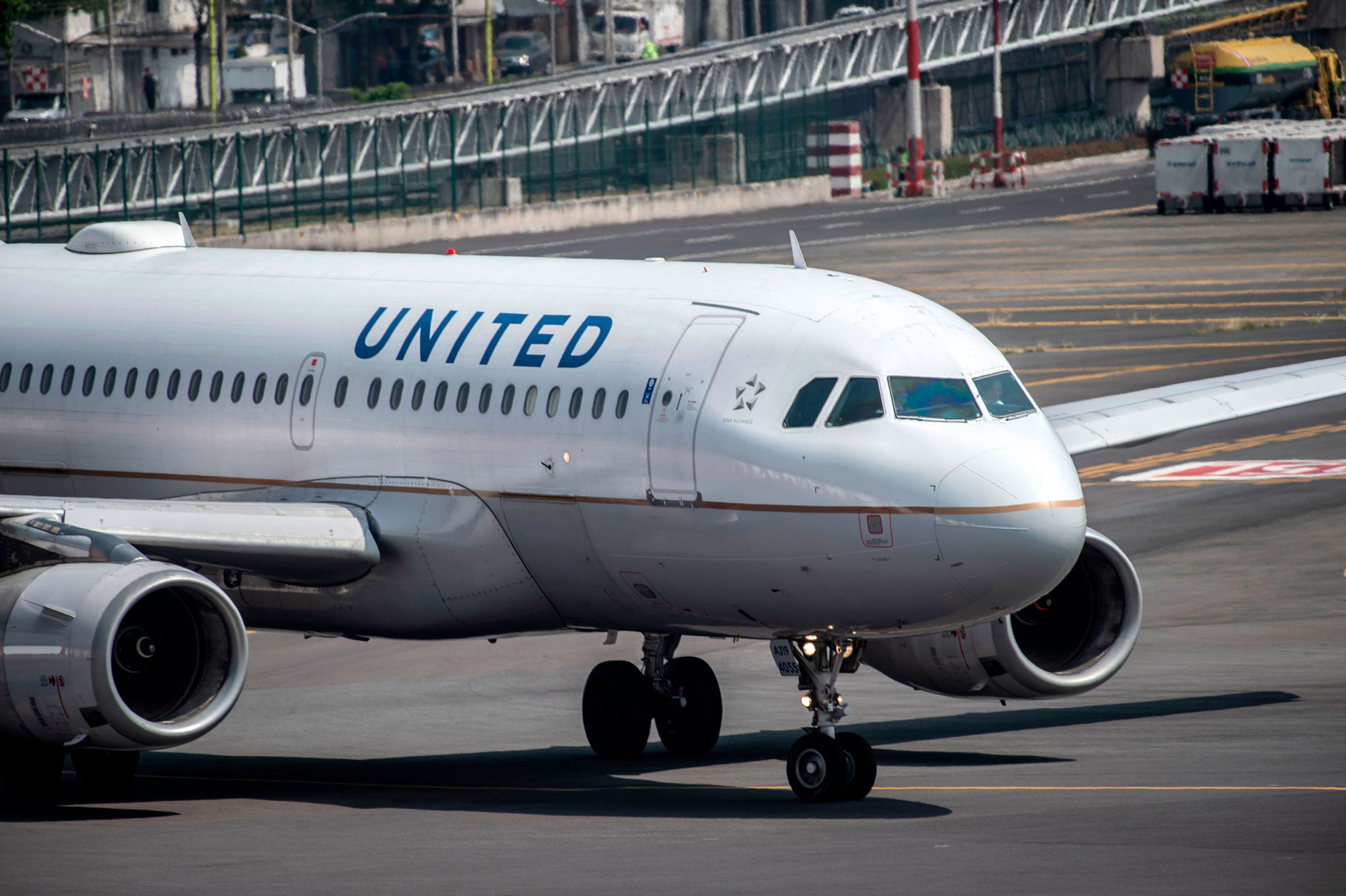 United Airlines To Offer Covid 19 Testing For Some Passengers Cnn Travel
