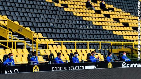 La Bundesliga marque le retour de l'élite du football, avec des changements, pendant la pandémie de coronavirus