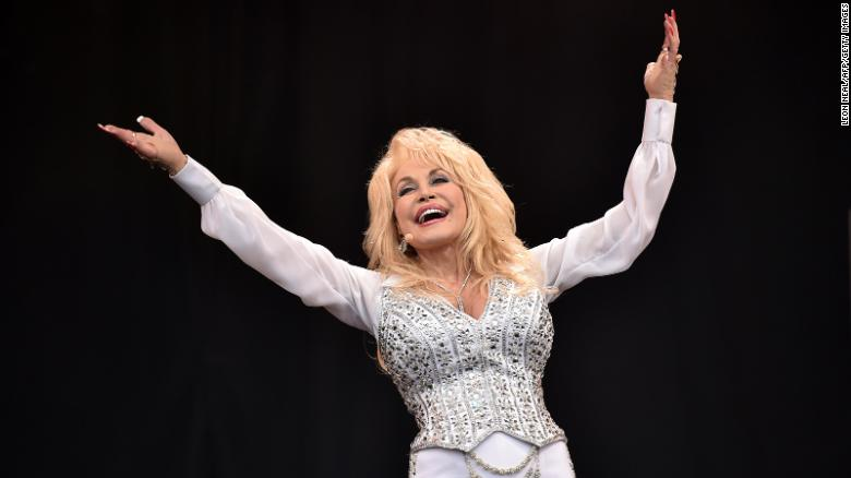 Dolly Parton talks aging with Oprah Winfrey: 'I ain't got time to be old'