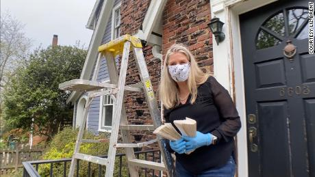 Liz Brent, a broker in Maryland, prepares a home for sale.