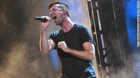 Jonathan Steingard, singer for Christian rock band Hawk Nelson, says he no longer believes in God.