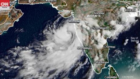 Der tropische Wirbelsturm Nisarga wäre der stärkste Wirbelsturm seit 1948 in Mumbai.