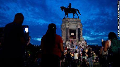 SIREN: A *majority* of Americans now back removing Confederate statues
