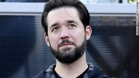 Reddit cofounder Alexis Ohanian resigns from board, urges seat be filled by black candidate