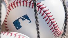 Ian Desmond ne jouera pas lors de la prochaine saison de la MLB, citant le racisme et les problèmes de coronavirus