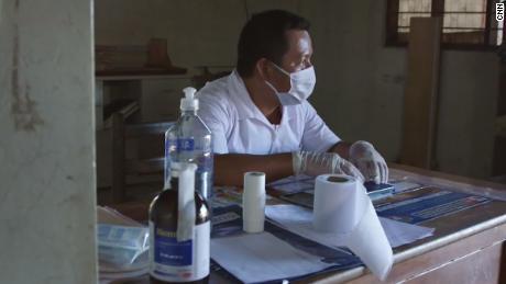 Elias Magin está en la clínica en Caimito.