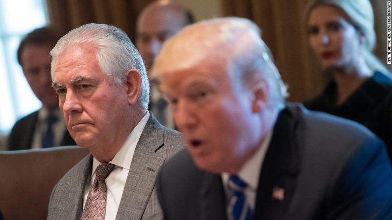 Tillerson klop Trump terwyl Pompeo sy lof besing