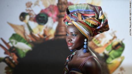 قدامت پسند ، سرکش ، ثقافت کی تعریف: ہیڈ سکارف کی ایک مختصر تاریخ
