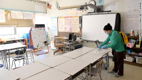 NYC schools plan to reopen with students in class 2 or 3 days a week