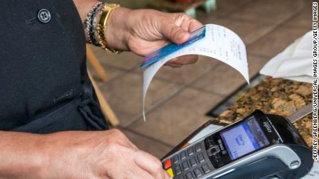 Americans Quickly Reduce Credit Card Debt During Pandemic