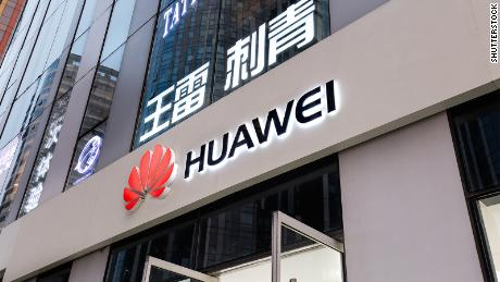 Huawei is an excellent example of global technological tensions. Washington has been putting pressure on its allies for more than a year to keep the Chinese company's equipment out of its 5G networks.