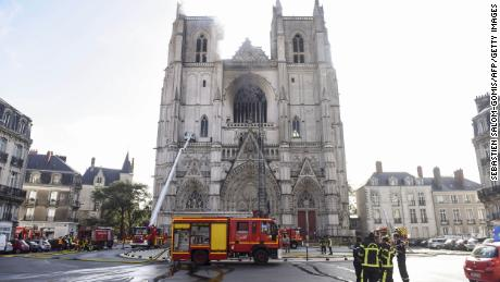 French firefighters tackle blaze at Nantes cathedral
