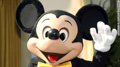 California says Disneyland and other amusement parks can reopen April 1