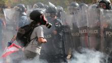 Manifestantes en Líbano asaltan ministerios mientras violentas protestas se apoderan de Beirut