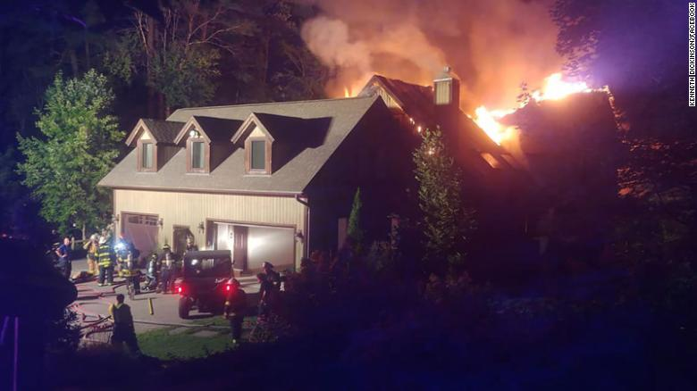 Rachael Ray's upstate NY  home damaged in fire