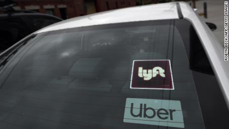 Uber و Lyft سرانجام اسامی رانندگانی را که به دلیل تجاوز جنسی و سایر حوادث جدی معلول شده اند به اشتراک بگذارند