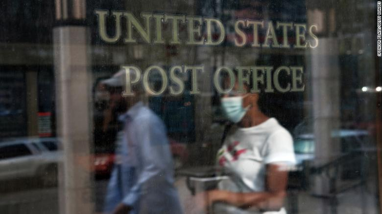 El Correo de Washington: WH nixed plan to distribute 650 million face masks through USPS