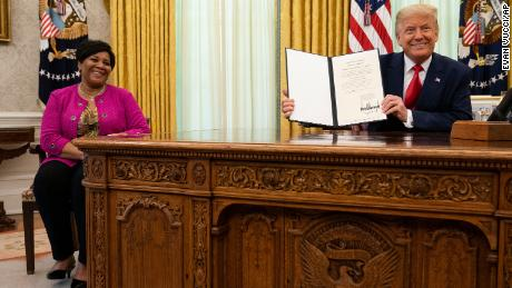 Trump pardons Alice Johnson
