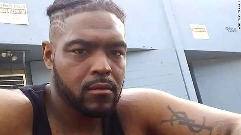 Dijon Kizzee의 가족, a Black man killed by LA Sheriff's deputies, 파일 $  35 백만 클레임