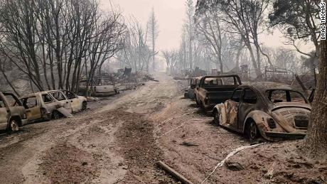 The Bear Fire ripped through Berry Creek,  destroying Brad and Kelly Thomas' home and property.