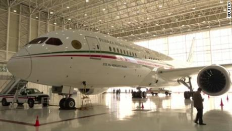 A picture of Mexico's presidential plane.