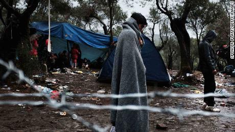 2016 کے ریفرنڈم کے آغاز کے مہینوں میں ، یورپ نے مشرق وسطی خصوصا شام میں تنازعہ سے فرار ہونے کے لئے بے چین مہاجرین کی ایک بہت بڑی آمد دیکھی تھی۔