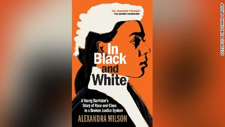 "Book cover for Alexandra Wilson'에스 ""In Black and White.&인용;"