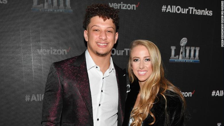 Patrick Mahomes and his fiancée are going to be parents soon