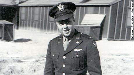 میں کیا چاہتا ہوں کہ میرے بیٹے اپنے نانا دادا کے WWII بقا سے سیکھیں