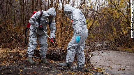 Greenpeace experts have taken samples from the banks and mouth of the Nalycheva river, which passes by a toxic waste dump being investigated as a possible source of the substance.