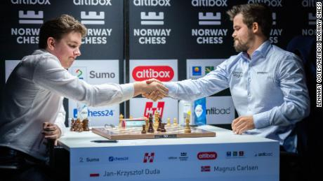 Jan-Krzysztof Duda (left) downed Magnus Carlsen in the Norway Chess tournament.
