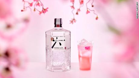 Beam Suntory purchased British craft gin makers Sipsmith in 2016, and launched its first Japanese craft gin, Roku, the following year.