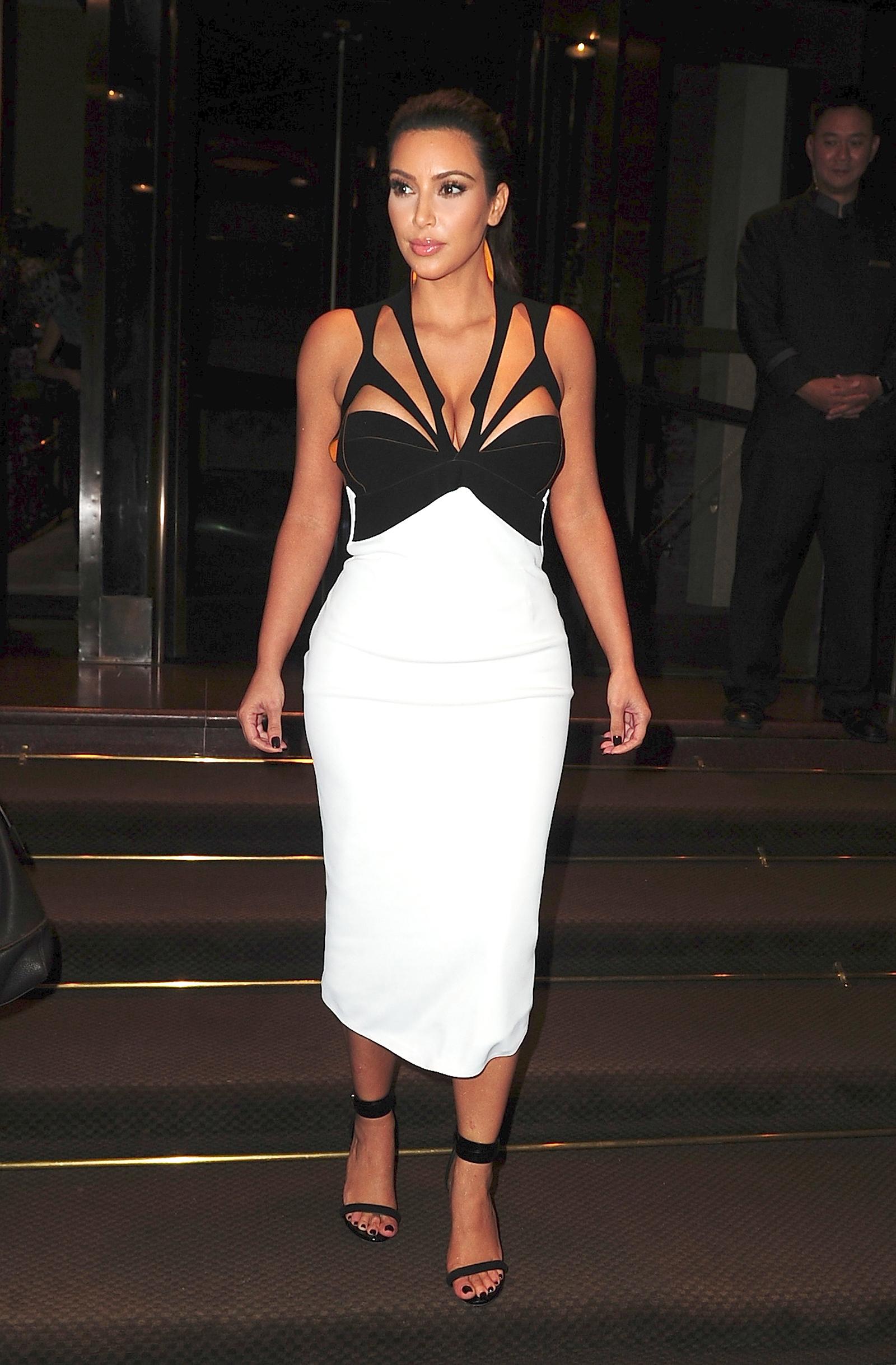 kim kardashian white shoes