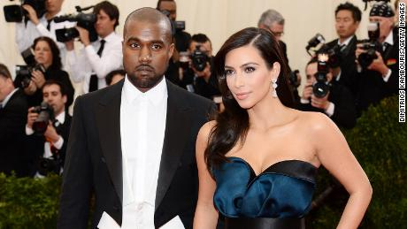 Kanye West (sinistra) and Kim Kardashian West (destra) are in talks about the state of their marriage.