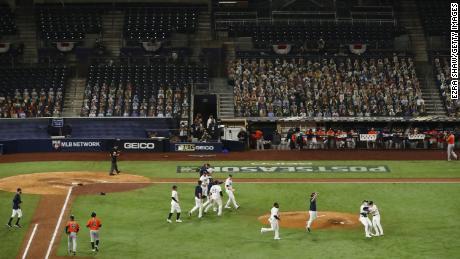 Les Rays de Tampa Bay célèbrent en battant les Astros de Houston.